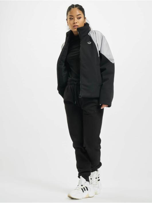 adidas Originals Kurtki pikowane Short czarny