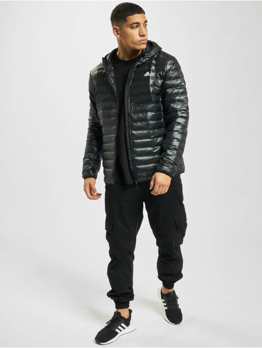 adidas Originals Kurtki pikowane Varilite Down czarny