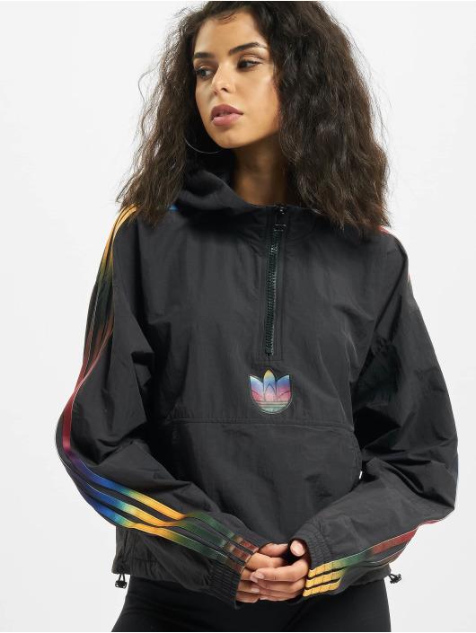 adidas Originals Kurtki przejściowe Cropped Halfzip czarny