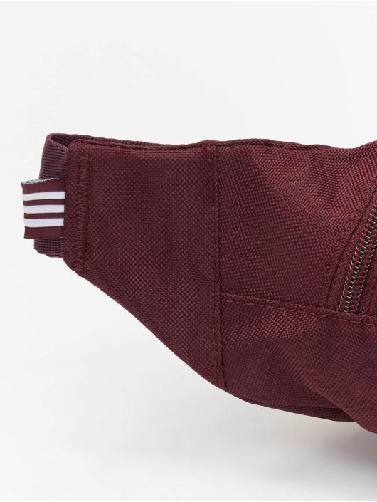adidas originals Laukut ja treenikassit Essential punainen