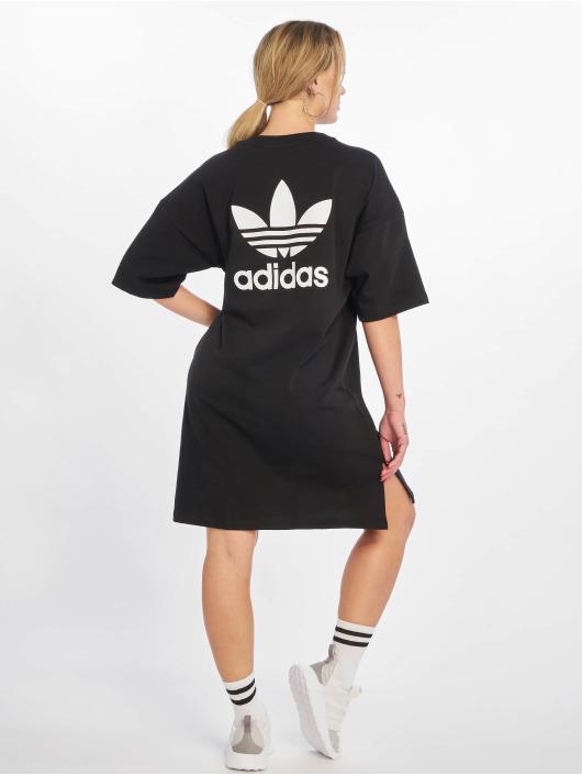 adidas robe noir