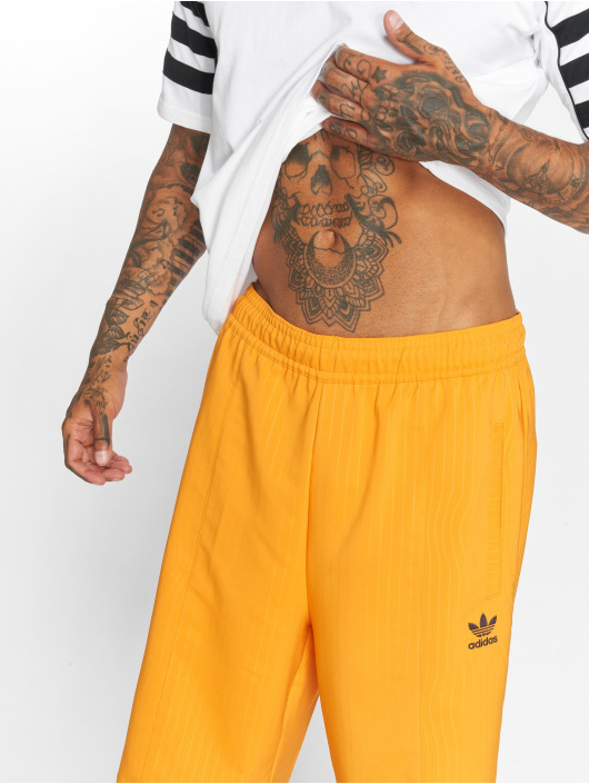 adidas originals Shorts Long orange