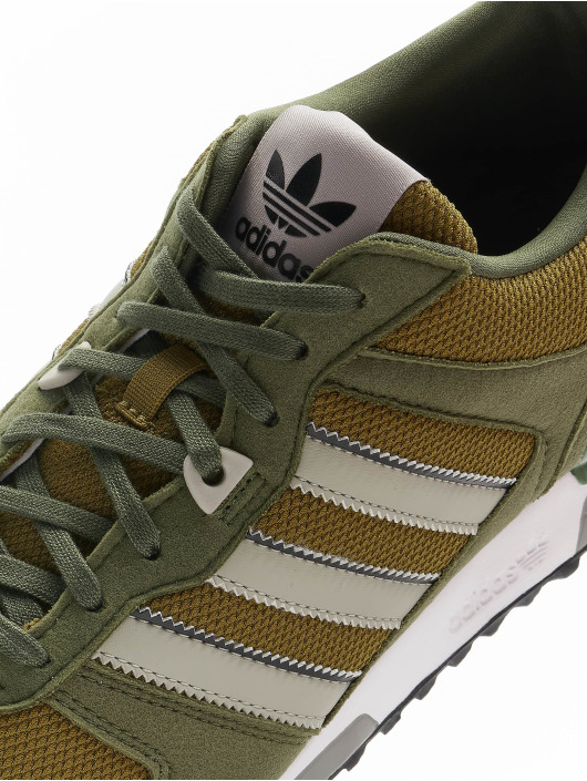 adidas Originals Sneaker Originals ZX 700 olive