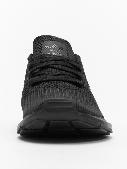 adidas originals Sneaker Swift Run schwarz