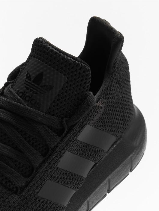 adidas Originals Sneaker Swift Run schwarz