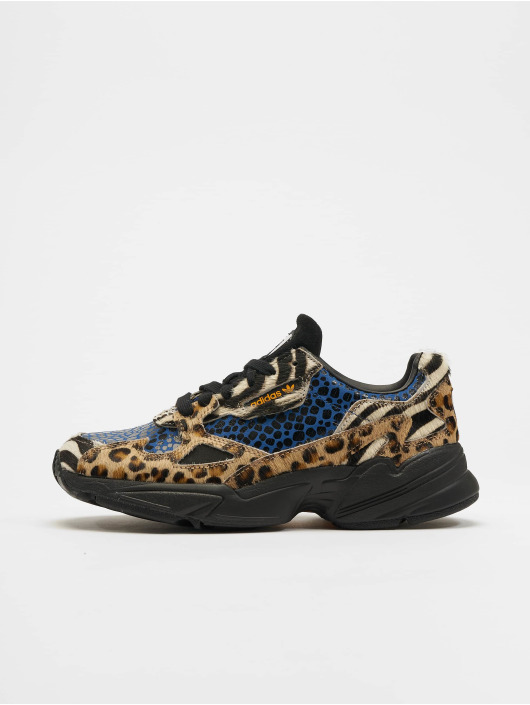 adidas originals Falcon Sneakers Off WhiteCore BlackBright Golden