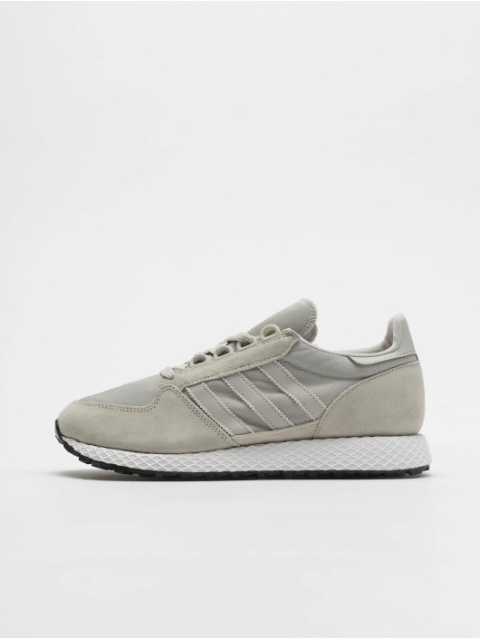 adidas originals Forest Grove Sneakers Ash SilvernAsh SilvernClear Orange
