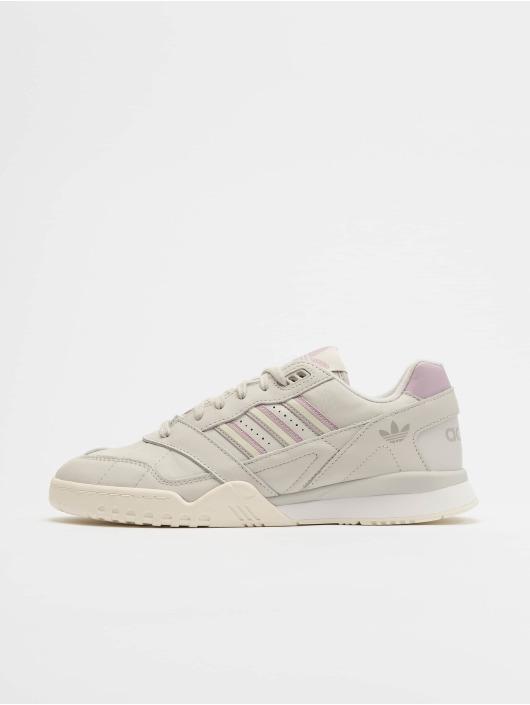 adidas Originals Sneakers A.R. Trainer šedá
