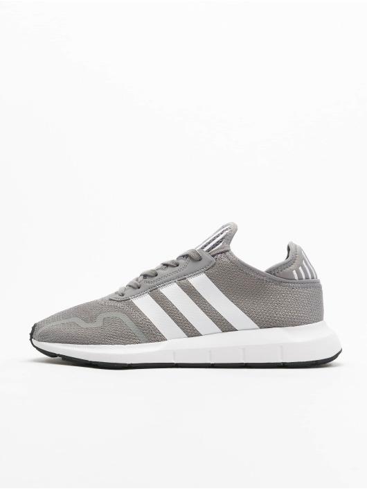 adidas Originals Sneakers Swift Run X šedá