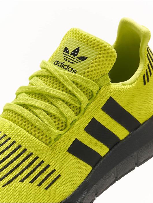 adidas Originals Sneakers Swift Run žltá