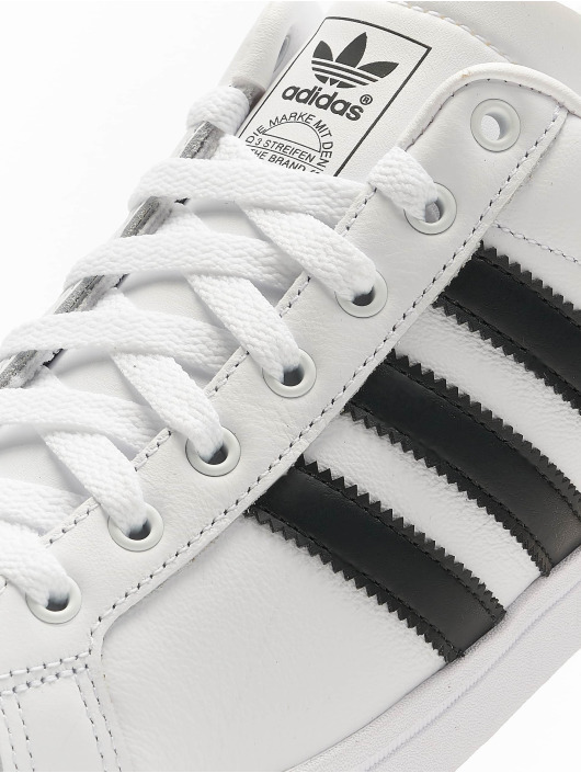 adidas Originals Sneakers Coast Star bialy