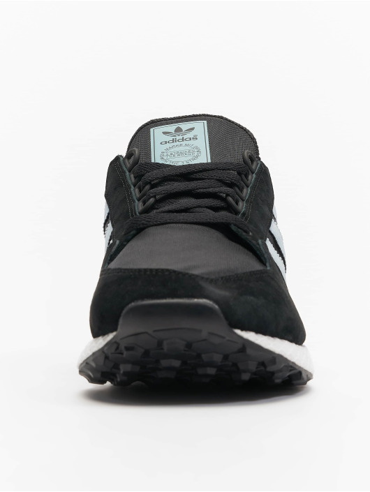 adidas originals Sneakers Forest Grove W black