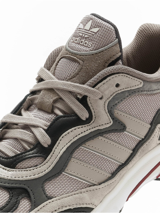 adidas Originals Sneakers Temper Run brazowy