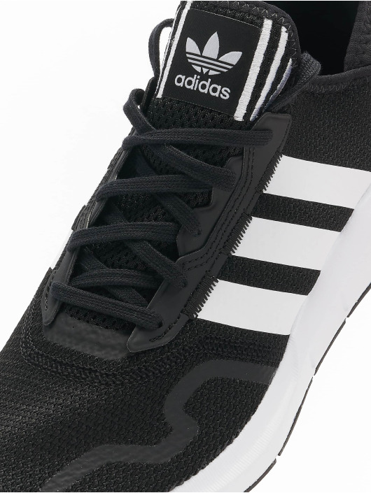 adidas Originals Sneakers Originals Swift Run X czarny