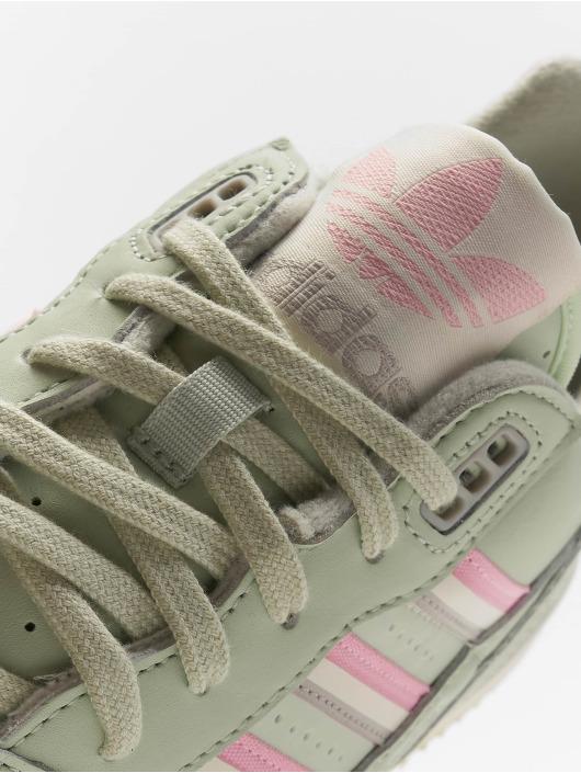 adidas Originals Sneakers A.R. Trainer green
