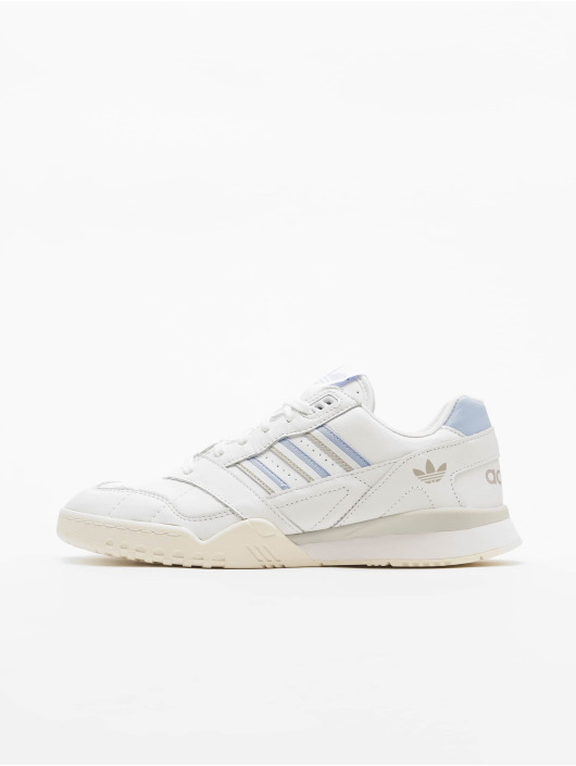 adidas Originals Shoes A.R Trainer W Ftwr WhitePeriwinkle