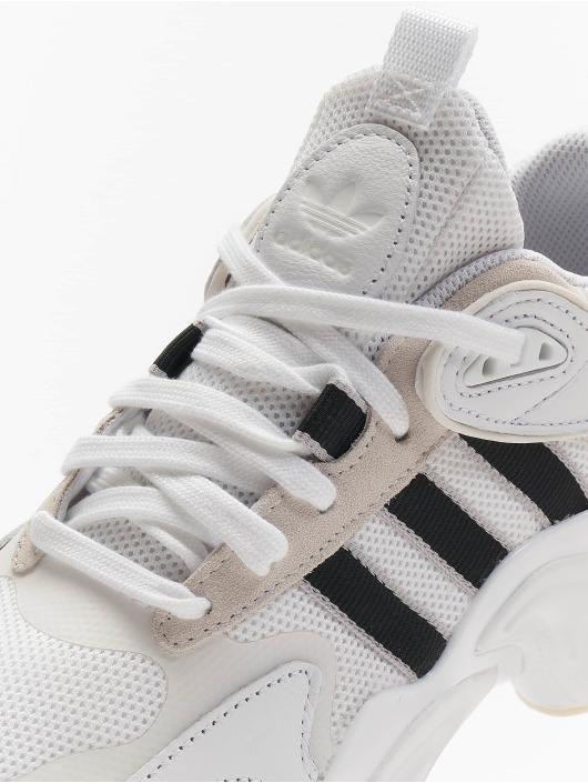 adidas Originals Sneakers Magmur white