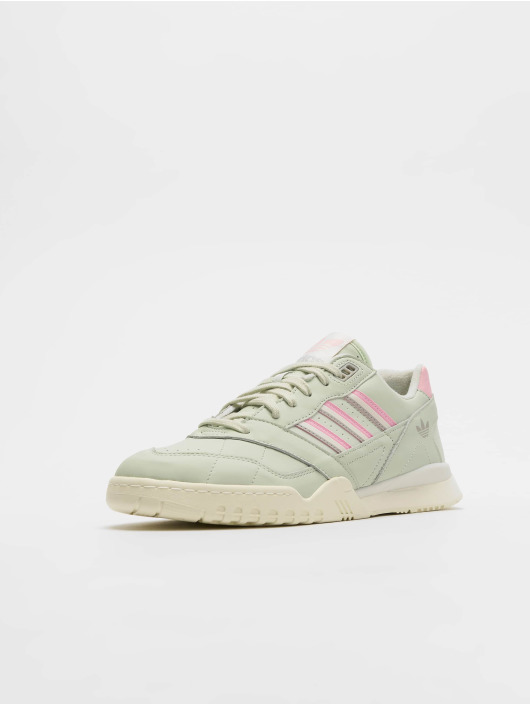 adidas Originals Sneakers A.R. Trainer zielony