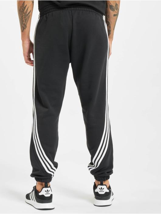 adidas Originals Spodnie do joggingu Wrap czarny