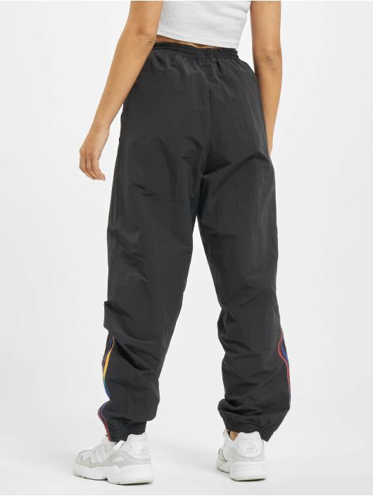 adidas Originals Spodnie do joggingu Originals czarny