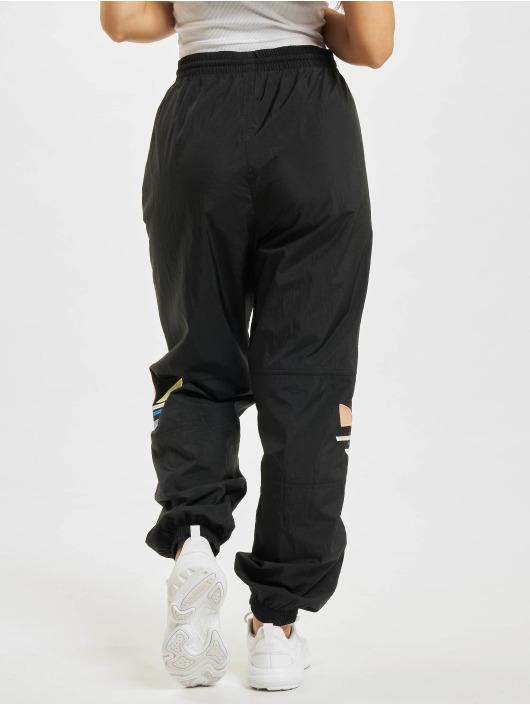 adidas Originals Spodnie do joggingu Shattered Trefoil czarny