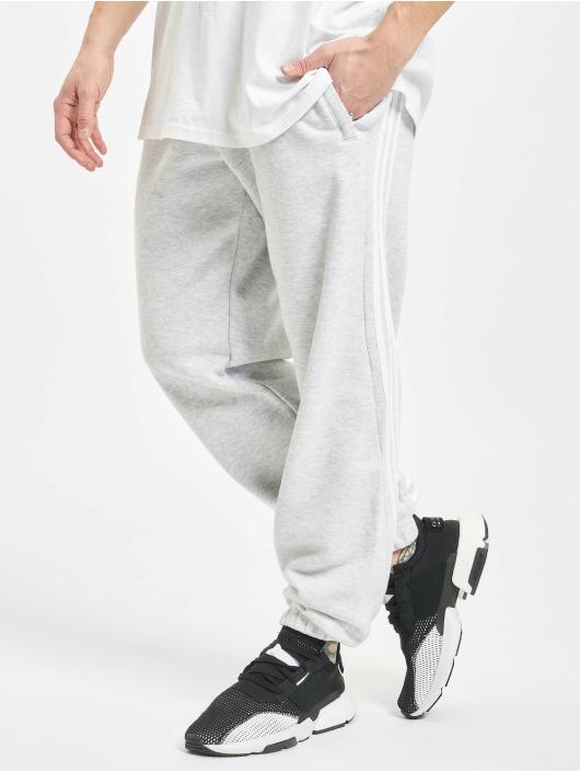 adidas Originals Spodnie do joggingu 3-Stripe Wrap szary