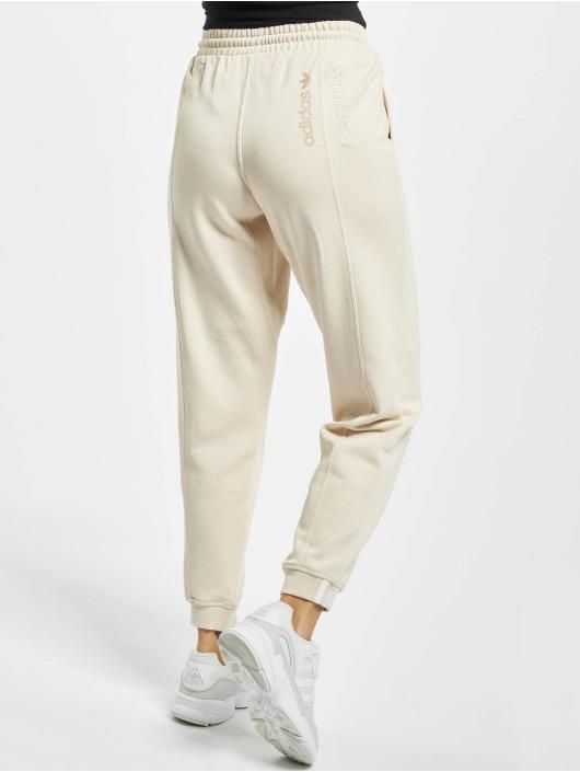 adidas Originals Sweat Pant Regular beige