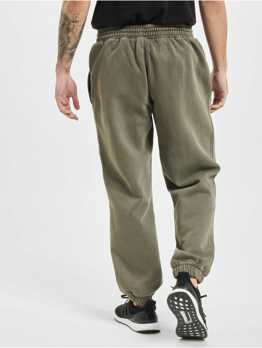 adidas Originals Sweat Pant Dyed olive