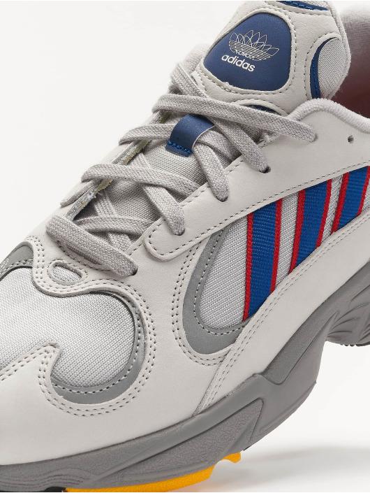 adidas Originals Tøysko Yung-1 Sneakers Gretwo/Croyal/Scarle grå