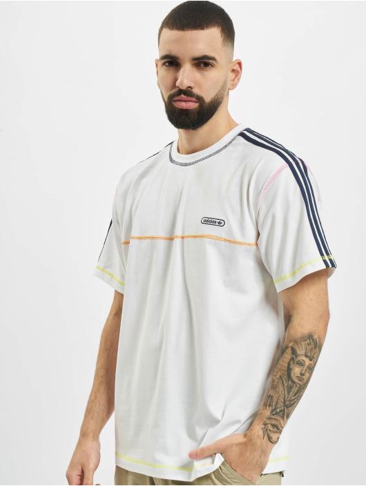 adidas Originals T-Shirt Contrast Stitch blanc
