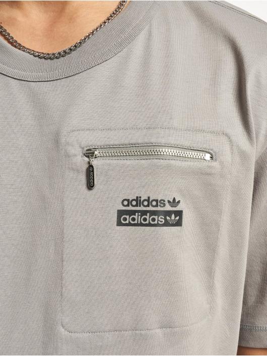 adidas Originals T-Shirt R.Y.V. grau