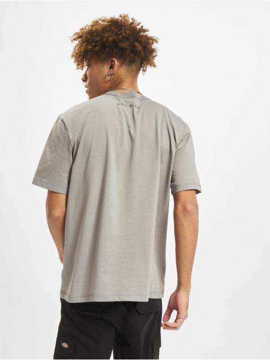 adidas Originals T-Shirt R.Y.V. grey