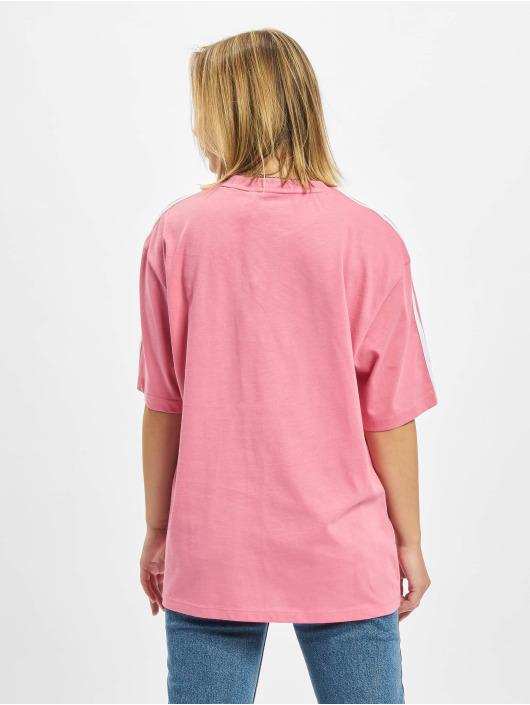 adidas Originals T-Shirt Oversized rouge