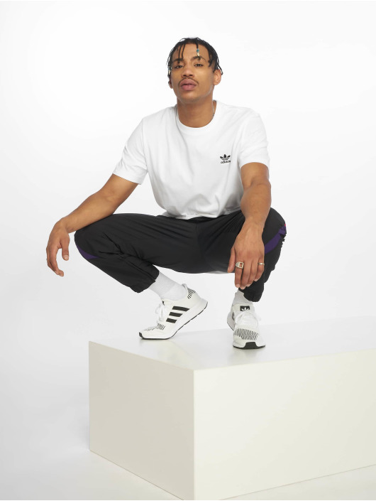 adidas originals T-Shirt Essential weiß