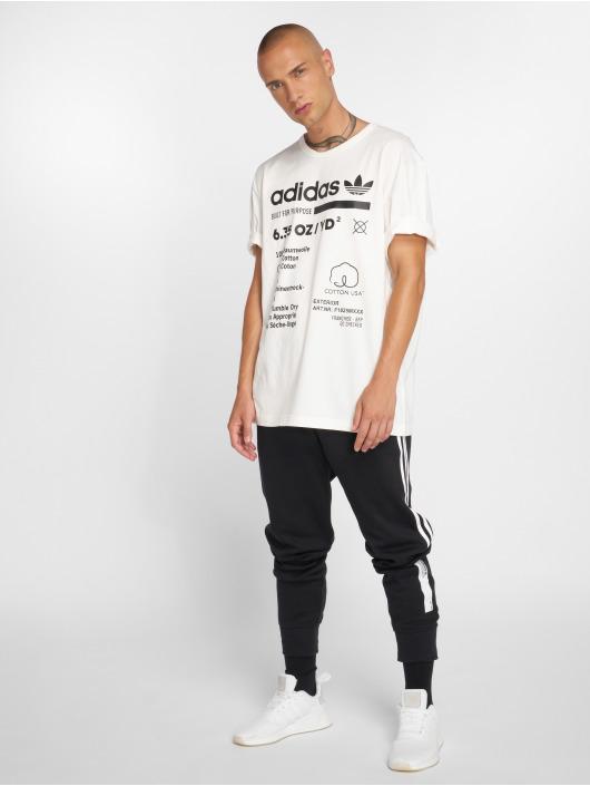 adidas originals T-Shirt Kaval Grp Tee white