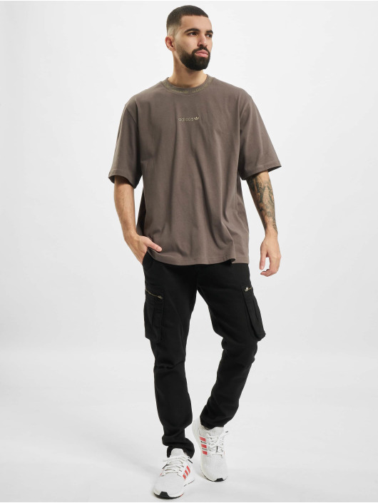 adidas Originals T-shirts Rib Detail oliven