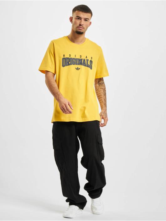 adidas Originals T-skjorter Script gul
