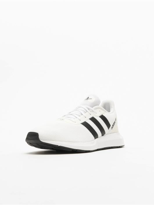 adidas Originals Tennarit Swift Run RF valkoinen