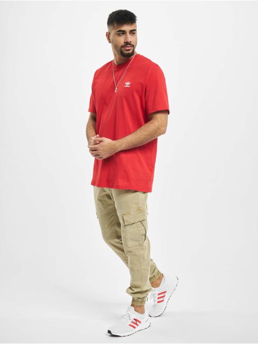 adidas Originals Tričká Essential èervená