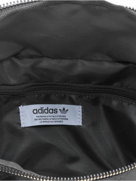 adidas Originals Vesker Nylon svart