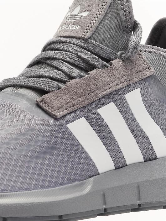 adidas originals Zapatillas de deporte Swift Run Barrier gris