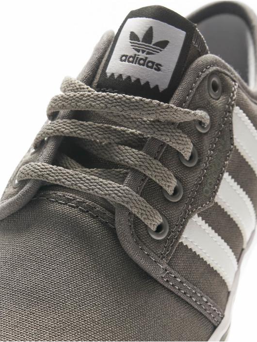 adidas originals Zapatillas de deporte Seeley gris