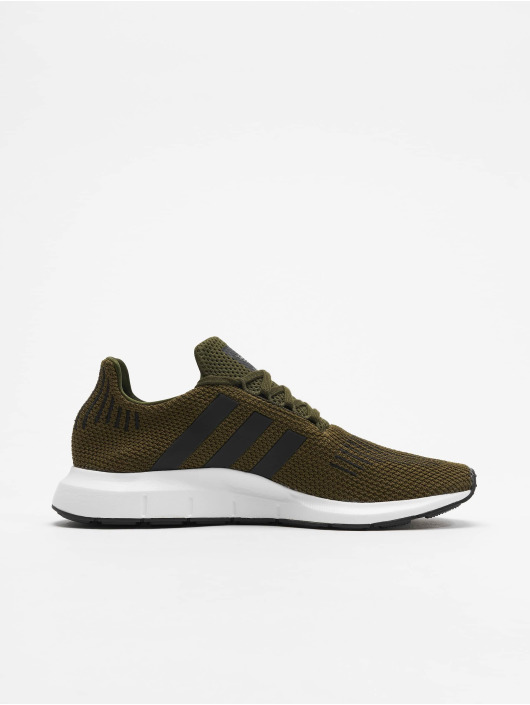 adidas originals Zapatillas de deporte Swift Run oliva