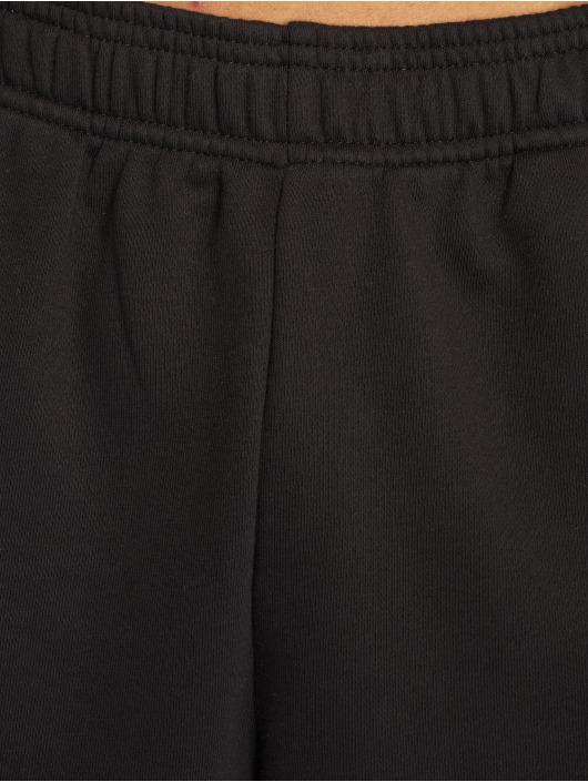 adidas Performance Shorts ESS svart