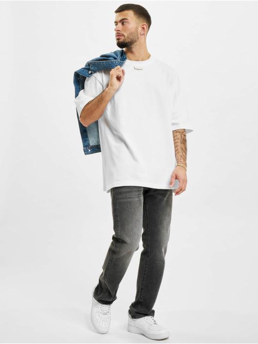 AEOM Clothing Футболка M.E.G.A белый