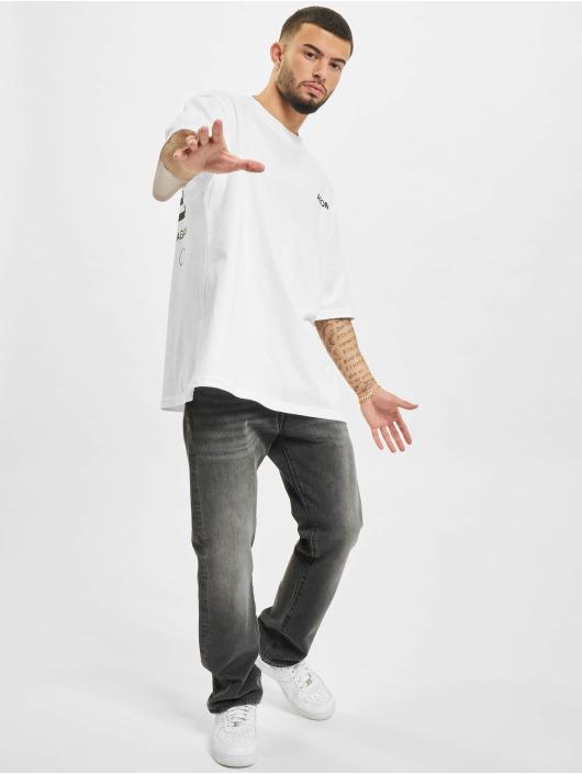 AEOM Clothing T-Shirt Flag blanc