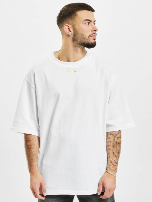 AEOM Clothing T-Shirt M.E.G.A blanc
