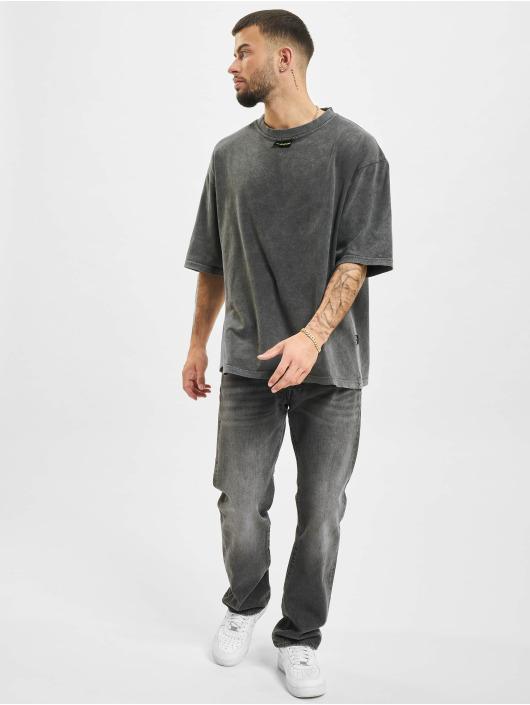 AEOM Clothing T-shirt M.E.G.A grå