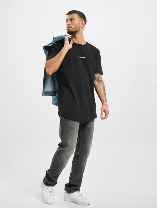AEOM Clothing t-shirt Logo zwart