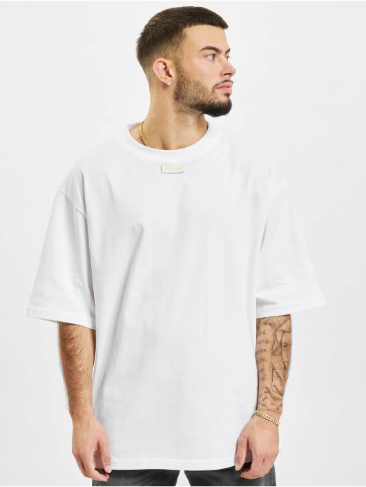 AEOM Clothing Trika M.E.G.A bílý